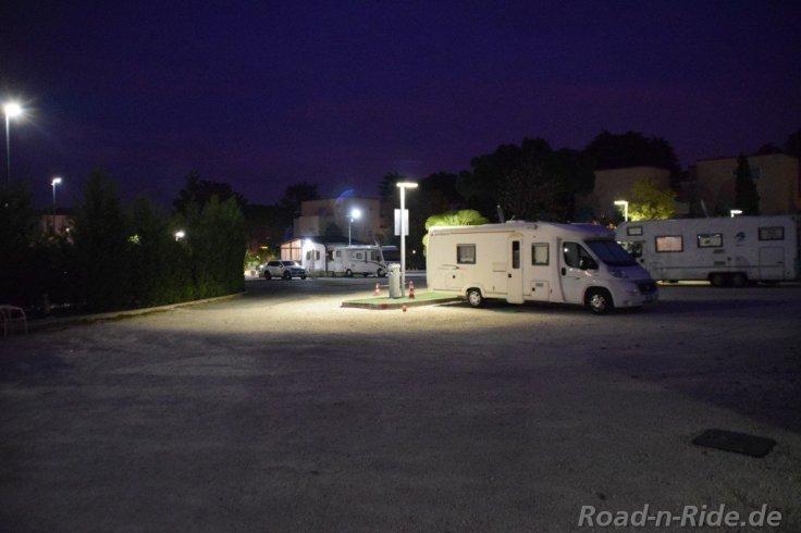area camper peschiera garda 2125500927..jpg
